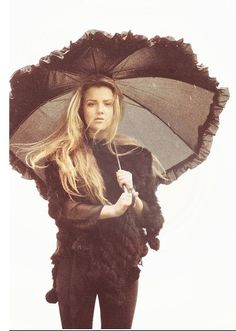 http://lookbook.nu/look/2724397-You-ll-feel-safe-under-my-umbrella