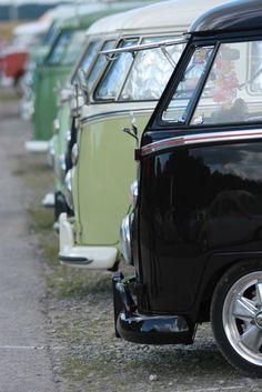volkswagen bus (van) line Volkswagen Bus, Vw T1 Camper, Vw Caravan, T1 Bus, Volkswagen Beetles, Camper Life, Moto Vespa, Kombi Home, Vw Classic
