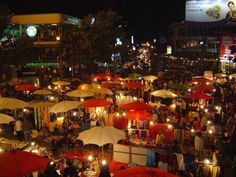 Night Market, Chang Mai. These night markets are everywhere in Thailand. Tourists flock there to get $1 everythings.