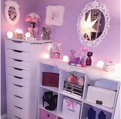 fun and cool teen bedroom ideas - Teen bedroom diy Teen Girl Bedrooms, Teen Bedroom, Bedroom Decor, Bedroom Ideas, Vanity Room, Glam Room, Room Goals, Dream Rooms, My New Room
