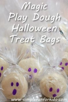 Instead of sweets, I made Halloween treat bags with homemade magic play dough for my daughter's friends!