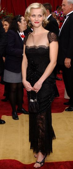 WHAT: Vintage Valentino - WHERE: The 74th annual Academy Awards, 2002