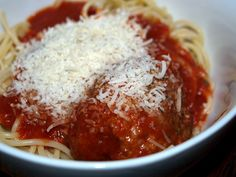 Rocco Dispirito's mother, Nicolina - marinara and meatballs. I need to make this in batches and freeze! Gourmet Desserts, Gourmet Recipes, Pasta Recipes, Beef Recipes, Cooking Recipes, Healthy Recipes, Plated Desserts, Spaghetti Recipes, Recipies