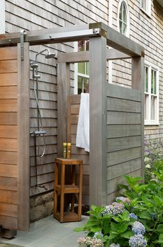 Outside Showers, Outdoor Showers, Outdoor Shower Kits, Outdoor Shower Enclosure, Casas Containers, Garden Shower, Outdoor Bathrooms, Outdoor Baths, Outdoor Living