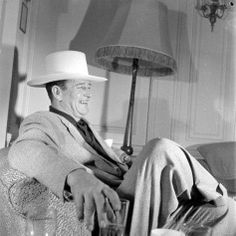 Stock Photo - John Wayne American film actor arrives in London for the opening of his film Rio Grande Film Rio, Westerns, John Wayne Movies, Actor John, True Grit, Cinema, Tough Guy, Guys Be Like, Hollywood Actor