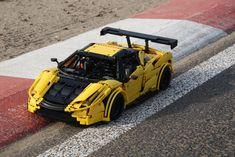 TechnicBRICKs: Ferrari 458 GT2 Kessel Racing
