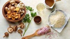 wild mushroom risotto (incl. coffee) Wild Mushrooms, Stuffed Mushrooms, Mushroom Risotto, Recipe Today, Polenta, Coffee Recipes, Paella, Beans, Rice