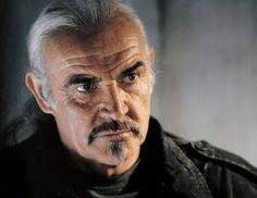 Sir Thomas Sean Connery est un acteur britannique né le 25 août 1930 à Édimbourg, en Écosse. Sean Connery est célèbre pour avoir interprété le rôle de James Bond à sept reprises, la première fois dans James Bond 007 contre Dr No. Il a remporté de nombreux prix, dont un Oscar pour son rôle de policier irlandais dans Les Incorruptibles en 1987, un BAFTA pour son interprétation du moine Guillaume de Baskerville dans Le Nom de la rose la même année, ainsi que deux Golden Globes.