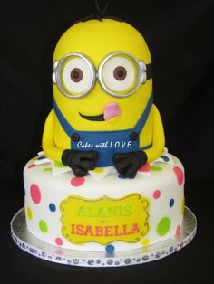 Despicable Me Minion Cakes