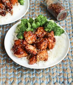 Gluten Free Sesame Chicken - Just like takeout! | Wicked Spatula (Use gf soy sauce or tamari, or substitute coconut aminos to make soy free. Substitute arrowroot starch for the cornstarch to make corn free.)