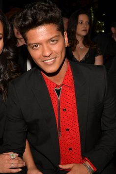 We noticed a wave of bolo ties, like the one Bruno Mars was rocking tonight, at the 56th Annual Grammy Music Awards tonight.