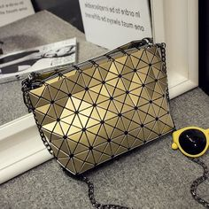 17.33$  Watch now - http://aligjx.shopchina.info/go.php?t=32793507682 - Female Bao Bao Bag Diamond Lattice Fold Over Bags Small Women Handbags Chain Fashion Shoulder Bags BaoBao Bolsa Messenger Bag  #magazineonlinewebsite
