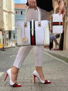 "New Designer Gucci ""Addicted"" Stiletto Pumps Luxury Handbag Wallet Set Gucci Handbags Outlet, Luxury Handbags, Purses And Handbags, Gucci Purses, Cheap Handbags, Cheap Bags, Gucci Fashion, Fashion Bags, Sneakers Fashion"