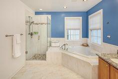 colores vibrantes para las paredes del baño