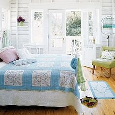 I love this room!  I would love to have something similar someday.  Feels like a room at the beach
