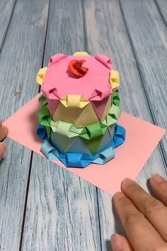 Origami Birthday Cake/Origami Present Instruções Origami, Origami Simple, Origami Videos, Oragami, Paper Crafts Origami, Paper Flowers Craft, Paper Crafts For Kids, Origami Paper Folding, Origami Flowers