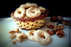 Dei biscottifacilida fare ma soprattutto privi di grassi e di glutine, adatti sia ai celiaci che agli intolleranti al lattosio.
