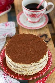 Tarta Tiramisú {la auténtica receta} - Megasilvita | https://lomejordelaweb.e