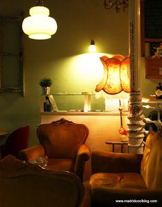 La Paca Café Bar in Malasaña (Madrid) by madridcoolblog.com