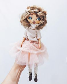 "810 Likes, 66 Comments - ⠀⠀⠀⠀⠀⠀⠀⠀ᵀᴵᴸᴵᴾᵁᴸ&ᵀᴿᴵᴸᴵᴾᵁᴸ (@tilipultrilipul) on Instagram: ""Ну правда зефирка  ⁉️эта кукла не такая как предыдущая , рост у неё около 35 см и шарнирная , ну…"""