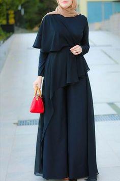 Best Ever Jumpsuit : Best Seller Modest Fashion Hijab, Modern Hijab Fashion, Abaya Fashion, Muslim Fashion, Fashion Dresses, Stylish Dress Designs, Stylish Dresses, Casual Dresses, Floral Dresses