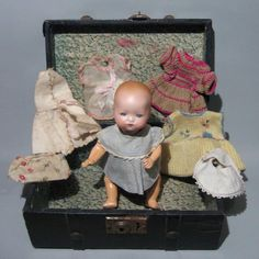 "1928 7-1/4"" AM#341/Mini-Bambino Bisque Head Baby Doll + Wardrobe Trousseau Trunk | eBay"