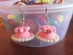 pink quilled jhumka
