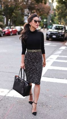 40 Trendy Work Attire & Office Outfits For Business Women Classy Workwear for Pr. 40 Trendy Work Attire & Office Outfits For Business Women Classy Workwear for Professional Look - Lifestyle State. Classy Business Outfits, Business Outfit Frau, Business Professional Outfits, Casual Work Outfits, Mode Outfits, Classy Outfits, Professional Attire Women, Professional Work Clothes, Classic Outfits For Women