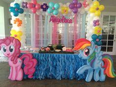 My Little Pony Party Decoration Ideas My Little Pony Party, Bolo My Little Pony, Cumple My Little Pony, My Lil Pony Cake, My Little Pony Pinata, My Little Pony Balloons, Rainbow Dash Party, Bolo Rainbow Dash, Unicorn Birthday Parties