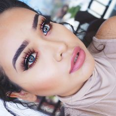 35 Gorgeous Bridal MakeUp Ideas For Classy Brides! 35 Gorgeous Bridal MakeUp Ideas For Classy Brides!A rule that you should be careful not only for your bridal makeup, but for all your life: Makeup Goals, Makeup Tips, Hair Makeup, Makeup Ideas, Makeup Inspo, Beautiful Bridal Makeup, Love Makeup, Awesome Makeup, Makeup Style
