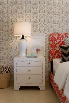 Lovely Wallpaper for Womens Bedroom