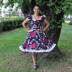 Dance Dresses, Summer Dresses, Vintage Dresses, Vintage Outfits, Full Skirts, Crossdressers, Rockabilly, Beautiful Dresses, Feminine