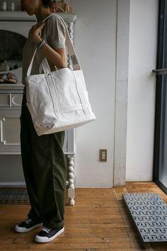 Big Tote Bags, Canvas Tote Bags, Uni Bag, Sparkle Outfit, Japanese Bag, Fabric Bags, Shopper Bag, Cloth Bags, Fashion Bags