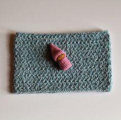 bluettine: Snood au point étoile pour le défi n° 205 des serial crocheteuses
