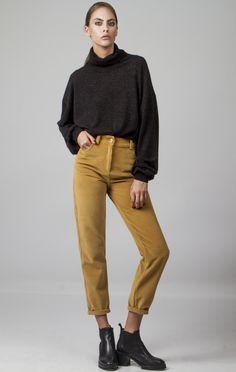 High waist slim mom trousers in soft cotton corduroy fabric. A really good reason to break up with your jeans this winter! Reasons To Break Up, Slim Waist, High Waist, Virgo, Breakup, Corduroy, Trousers, Normcore, Mom