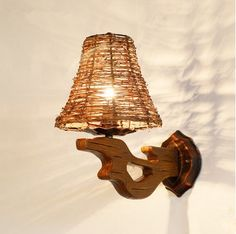 87.12$  Watch now - http://alizui.worldwells.pw/go.php?t=32744771567 - Southeast Asia old-fashioned natural rattan art wall lamps Nostalgic design wood art E14 lamp for stairs&cafe&porch&aisle LDK029