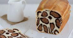 Como prometido hoje trago a receita do pão de leite com padrão leopardo. Não se acanhem que depois de verem as imagens do passo a pass...