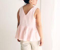 Women's peplum top 100% linen. Sleeveless summer wear.
