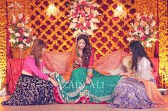 Bridesmaids helping bride before the start of photoshoot... #sabawedumer #zainaliphotography #zastudio #season2017 #mehndi #gorgeous #bride #friends #weddingdiaries #makeup #eyes #islamabad #photography #photoshoot #eventsbyzain #team