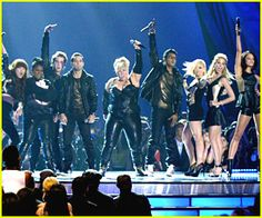 Pitch Perfect Cast -- MTV Movie Awards Performance!