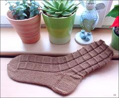 A Block of Chocolate   http://www.ravelry.com/patterns/library/block-of-chocolate-socks      🔆🔆🔆🔆🔆🔆       56 Gesamtmaschen   Nadelspi...