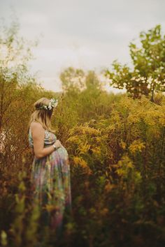 60s hippie maternity shoot | Maternity photography | 100 Layer Cakelet