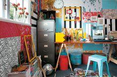 Keltainen talo rannalla: Väri-ideoita ja persoonallisia koteja
