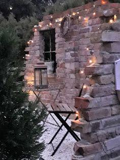 Ruinenmauer von Sanne R. Source by The post Ruinenmauer von Sanne R. appeared first on Live. Small Patio Furniture, Outdoor Furniture Plans, Furniture Sets, Farmhouse Garden, Garden Cottage, Farmhouse Bench, Farmhouse Furniture, Small Backyard Landscaping, Backyard Fences