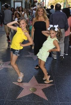 Dont know why but i love this pic dance mom pinterest melissa maddie and mackenzie ziegler m4hsunfo