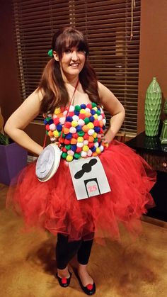 DIY Halloween Costume: Gumball Machine