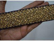 Garnitures et embellissements de tissu d'artisanat