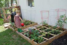 Eigen moestuin inrichten in grote tuin