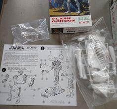 Atlantis Models 1/8 Flash Gordon Figure w/ the Martian Plastic Model Kit amc3003 | eBay