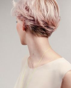 20 Pixie Haircuts: Trendy Short Hairstyles: # 13. Pixie Haircut: Awesome Short Hairstyle